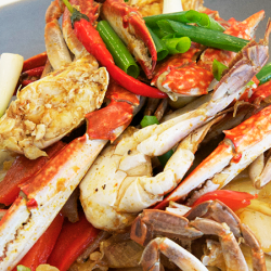 Swimming Crab Stir Fry with Organic Red Pepper Sauce